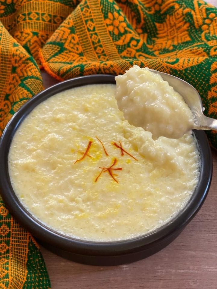 close up of kheer showing texture