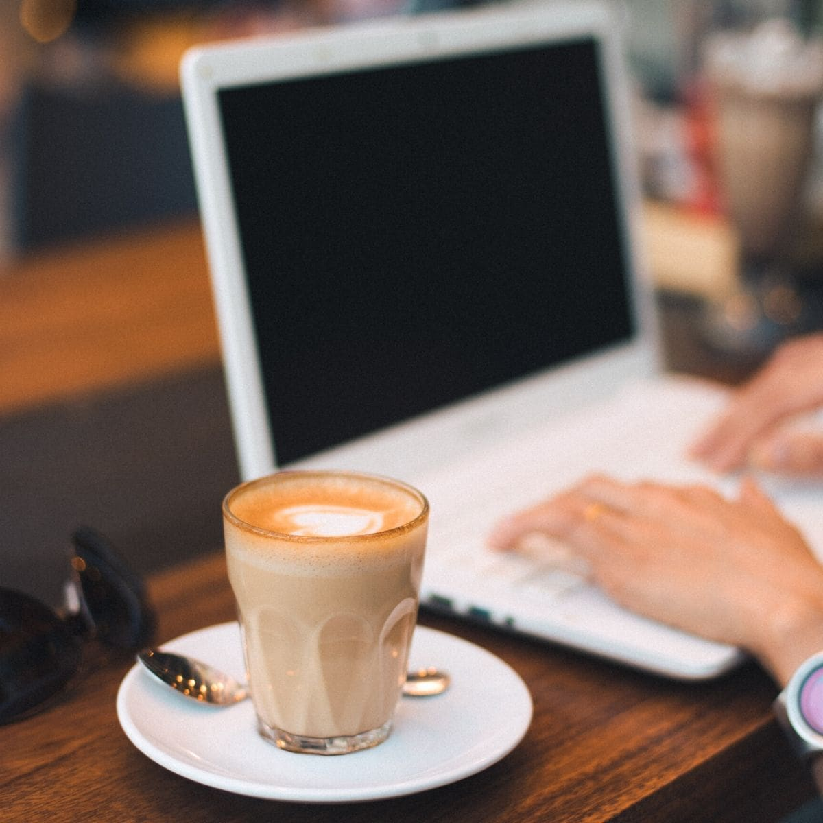 The Small Business Owners Guide To Blogging cover image