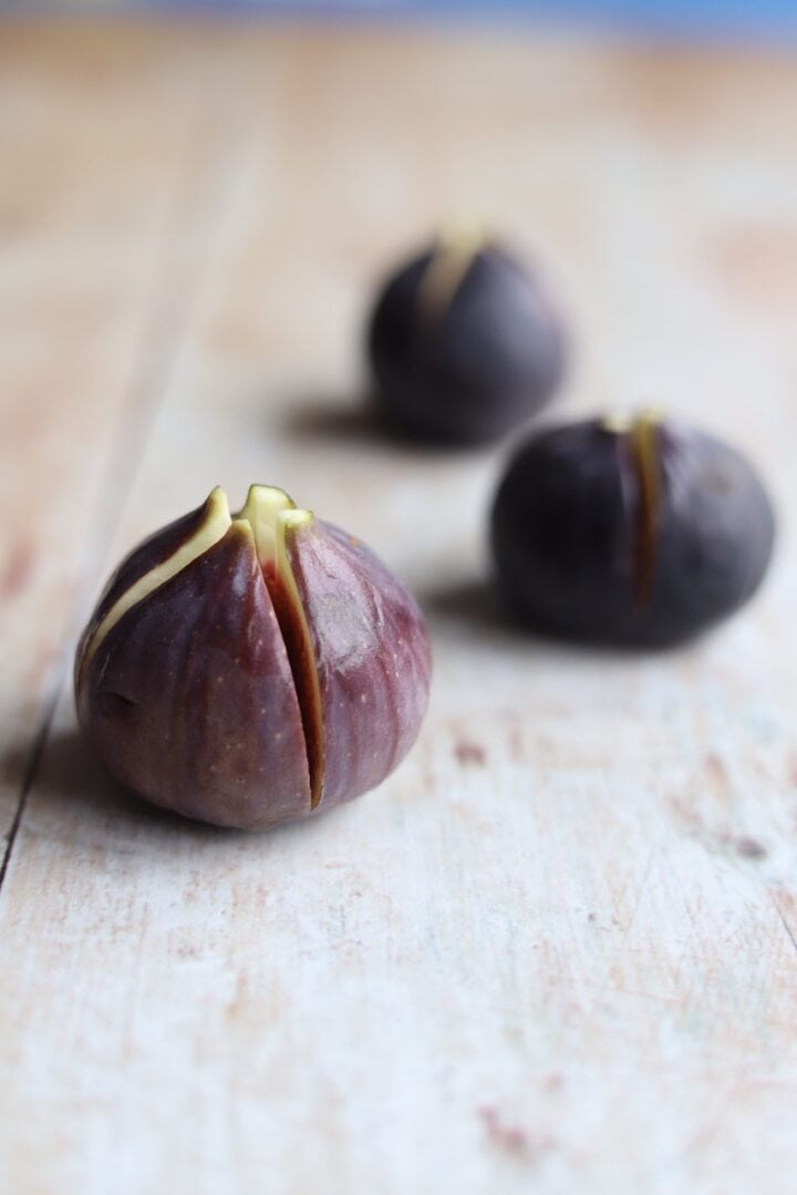 Fresh figs cut for stuffing